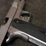 Waffe auf Boden1